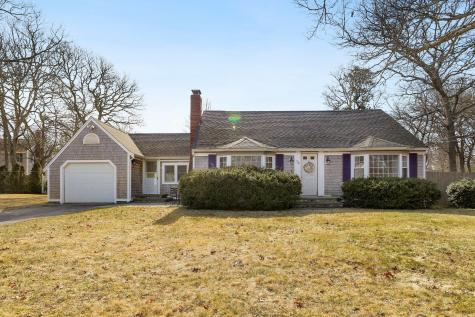 73 Lillian Barnstable MA 02601