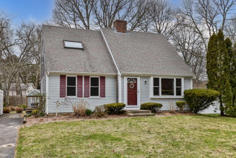53 Lexington Barnstable MA 02601