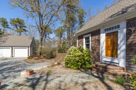 138 Namequoit Orleans MA 02653