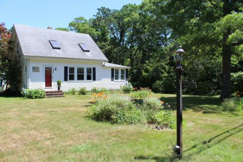 1074 Old Stage Barnstable MA 02632