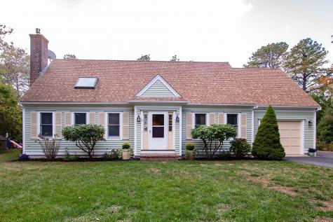10 Green Meadow Mashpee MA 02649