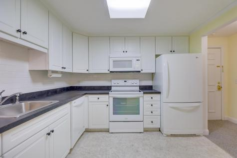 24 Old Colony Orleans MA 02653