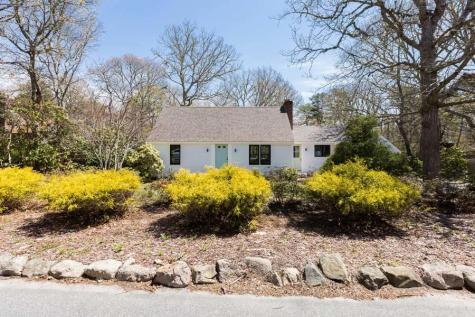 191 Commons Brewster MA 02631