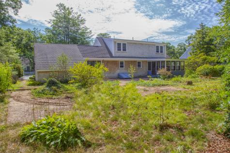 601 Old Strawberry Hill Barnstable MA 02632
