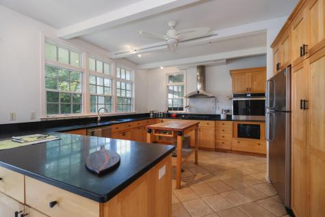 49 Chestnut Orleans MA 02653