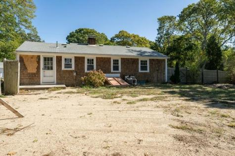 343 Strawberry Hill Barnstable MA 02632