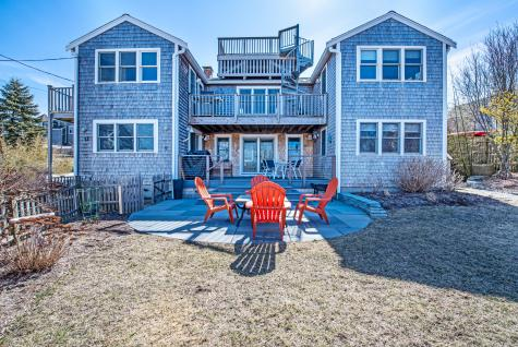 17 Carnes Provincetown MA 02657