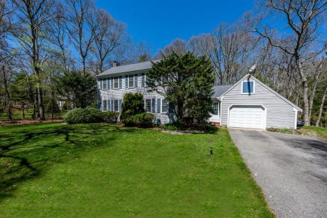 20 Thatcher Holway Barnstable MA 02648