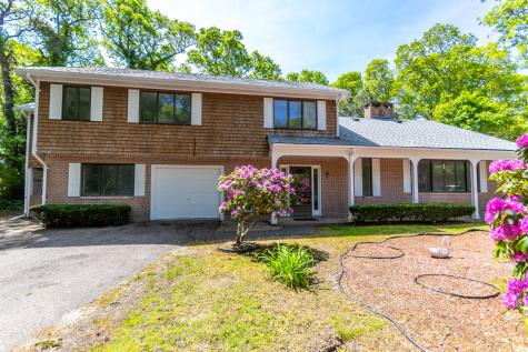 15 Sterling Barnstable MA 02601