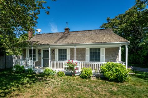 24 Old North Brewster MA 02631