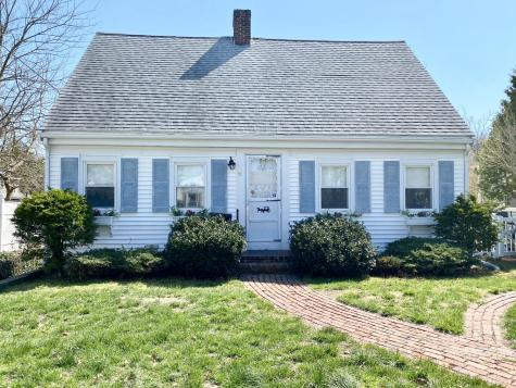 51 Mulberry Barnstable MA 02601