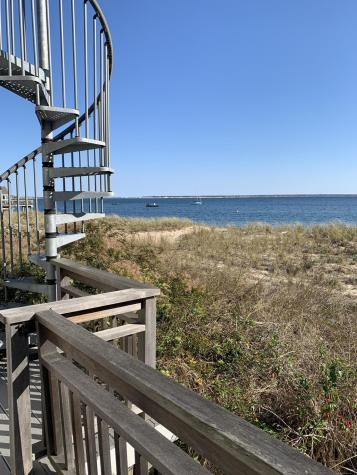 423 Commercial Provincetown MA 02657