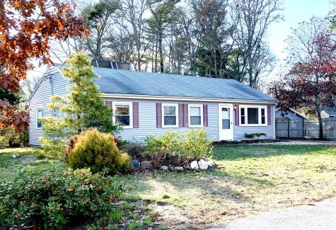 17 Crows Nest Bourne MA 02532