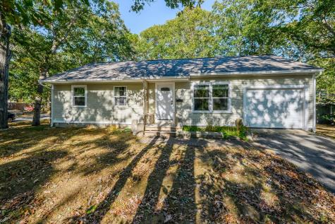 118 Maple Barnstable MA 02601