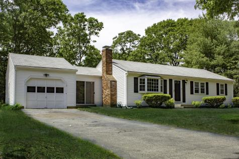 16 Carrie Lee's Barnstable MA 02632