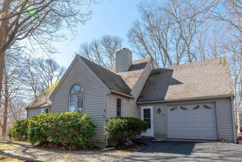 52 Redwood Mashpee MA 02649