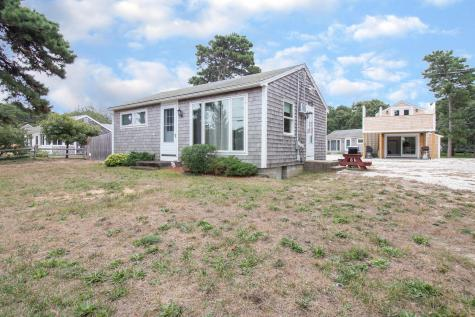 113 Thumpertown Eastham MA 02642