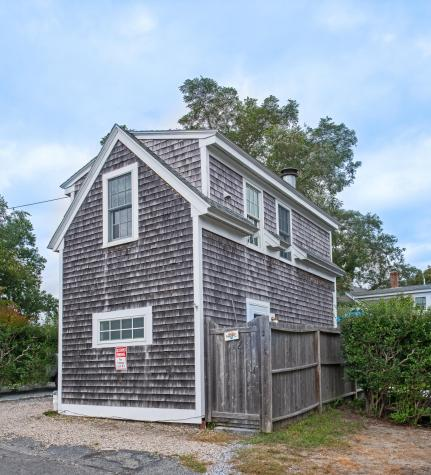 12 Cottage Provincetown MA 02657