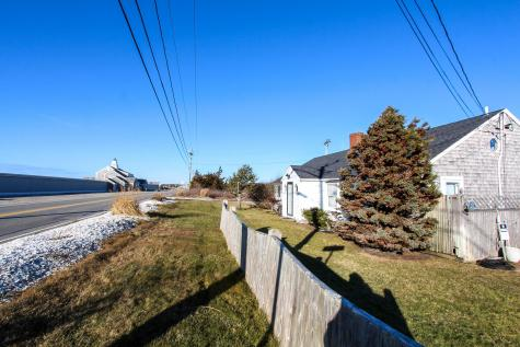 884-886 Craigville Beach Barnstable MA 02632