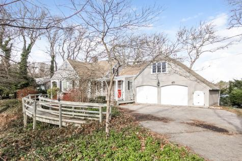 212 Holly Point Barnstable MA 02632