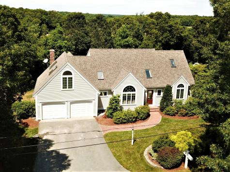 104 Berry Hollow Barnstable MA 02648