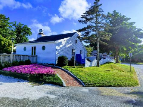 89 Old Colony Orleans MA 02653
