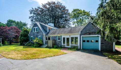 115 Old Stage Barnstable MA 02632