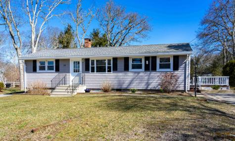 16 Fairfield Falmouth MA 02536